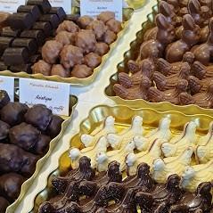 Petits chocolat fourrés praliné
